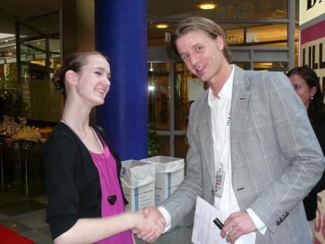Vår egen chefredaktör Linnea Carlström och Bakom rubrikernas Simon Jonsson.