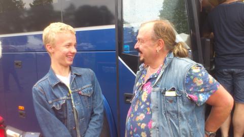 Marcus och Olle. Båda två är mycket nöjda över att ha träffats.