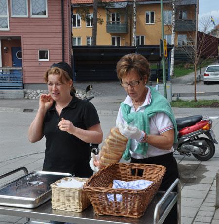 Helena och Birgitta.