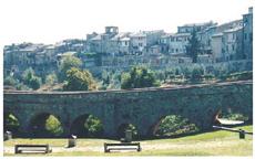 Vi längar efter att få hälsa på våra italienska vänner i deras hemstad Colle di Val d' Elsa i Toscana.