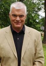 Lasse Bengtsson, programledare.
