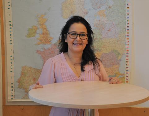 Mehrnush, ny biträdande rektor på Strandskolan.